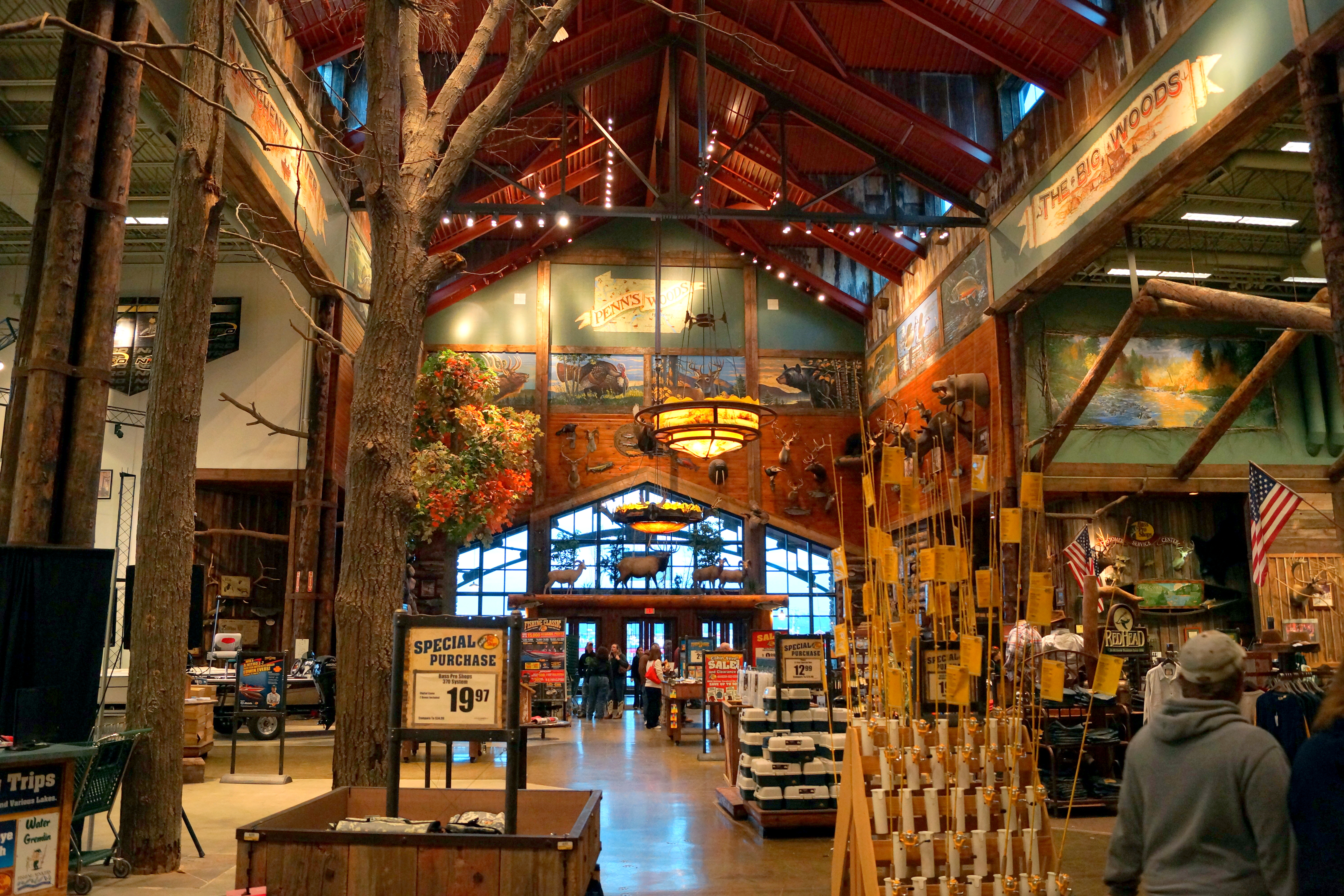 Do you want to be a part of our Bass Pro Shops family? For more information: Click here.