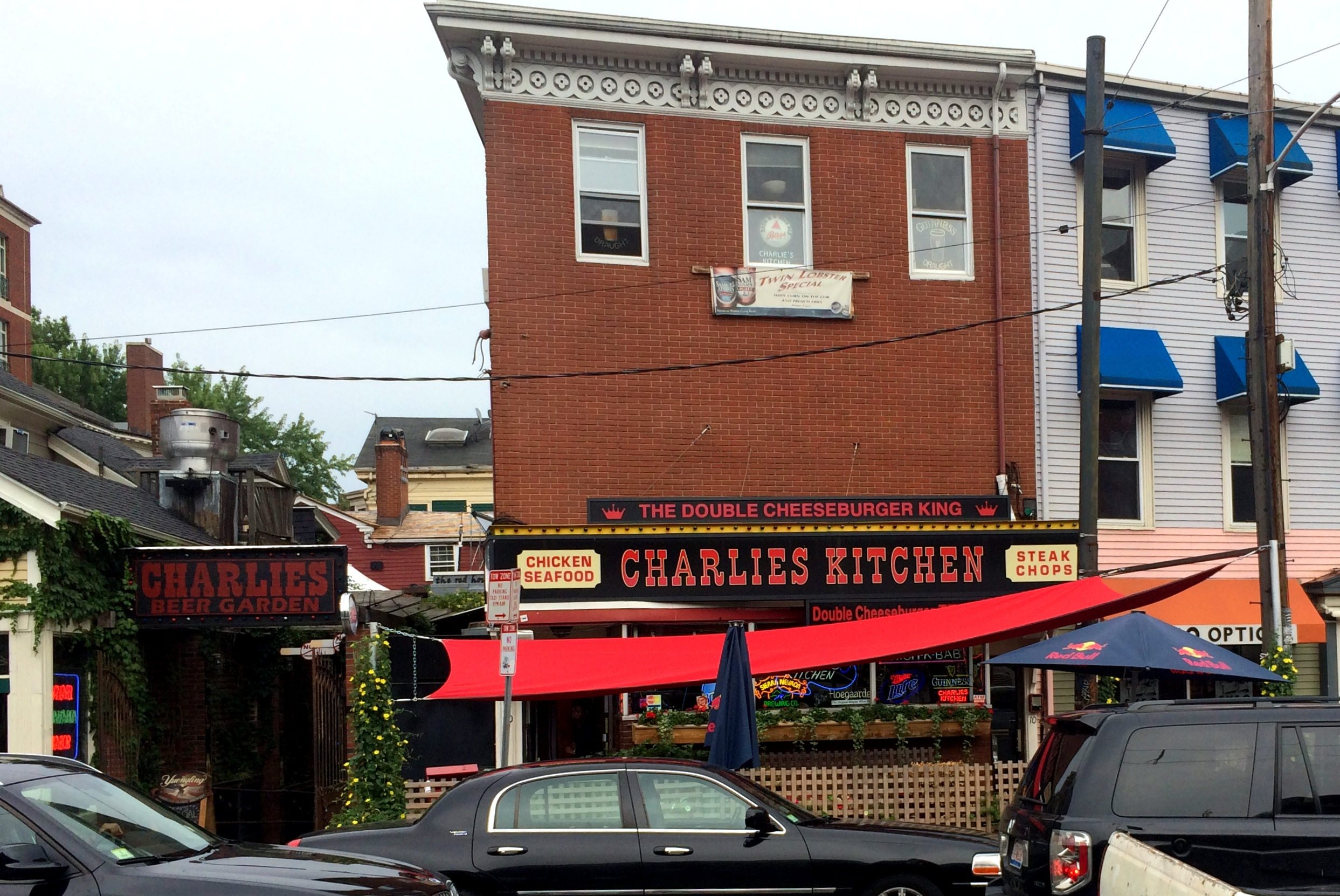 establishment that i have found online i always call ahead to verify that the place is in fact still dog friendly when i had called charlies to - Charlies Kitchen